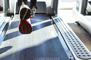 Running on a treadmill. E'Lisa Campbell on Flikr. https://www.flickr.com/photos/eccampbellphotography/5447958713